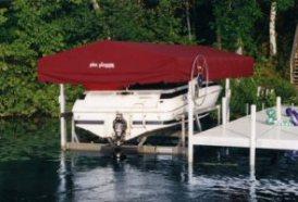 Pier Pleasure Vertical Boat Lift